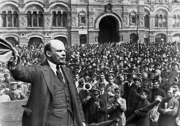 Wereldoorlog 1. De Bolsjewieken en de oorlog