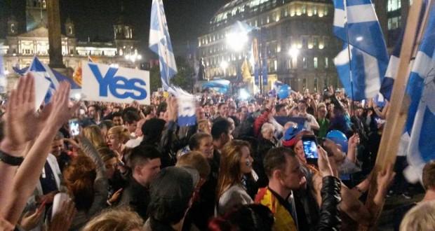 Revolte tegen besparingsbeleid: 1,6 miljoen Schotten stemmen Ja