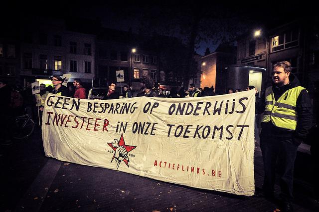 Antwerpse jongerenbetoging: bespaar niet op onze toekomst!