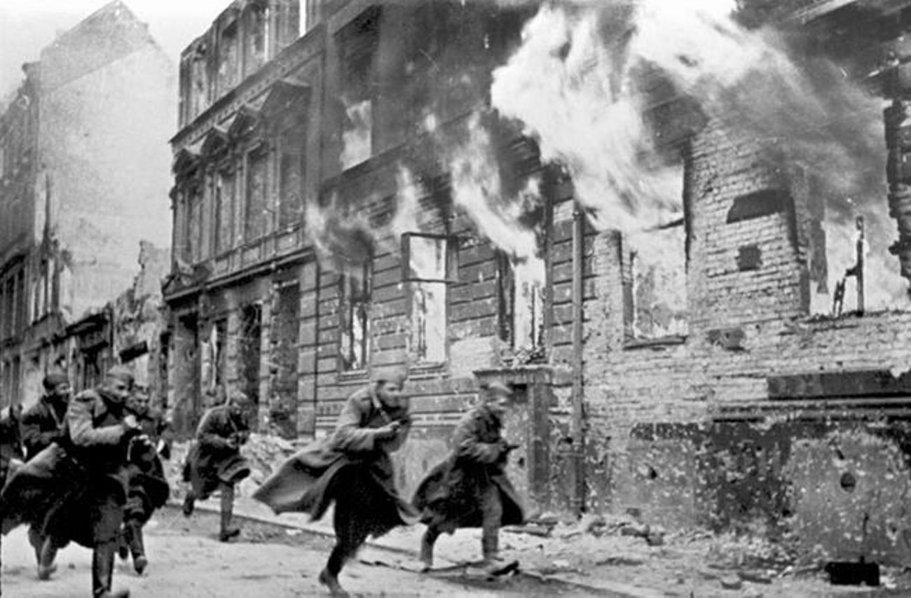 Wat gebeurde er op Kristalnacht 1938?