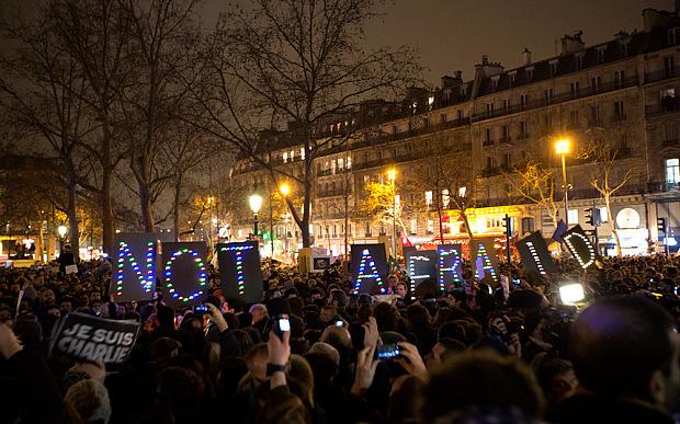 Charlie Hebdo. Slachtoffer van opbod tussen reactionaire krachten