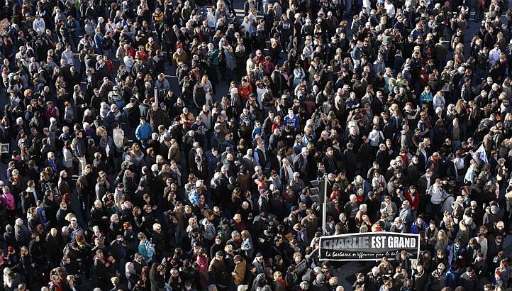 Uitbarsting van protest tegen reactionaire terreur