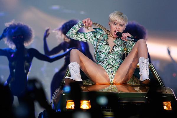 Van Walt Disney tot Miley Cyrus: 50 tinten seksisme. #wijoverdrijvenniet