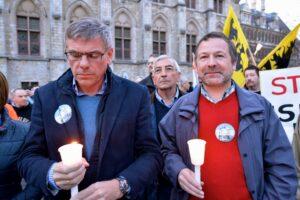 Actie van Pegida Vlaanderen met op de eerste rij Filip Dewinter en Gents VB-kopstuk Deckmyn. Foto: Jean-Marie Versyp