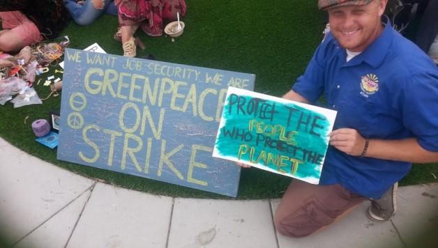 Personeel Greenpeace in California staakt voor jobzekerheid en vakbondsrechten