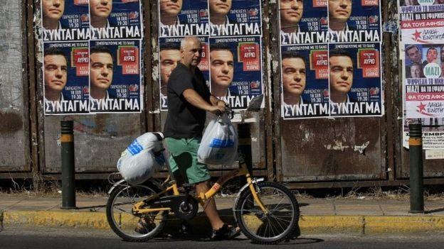 Syriza: van enthousiast verzet tegen besparingen in januari naar 'minste kwaad' vandaag