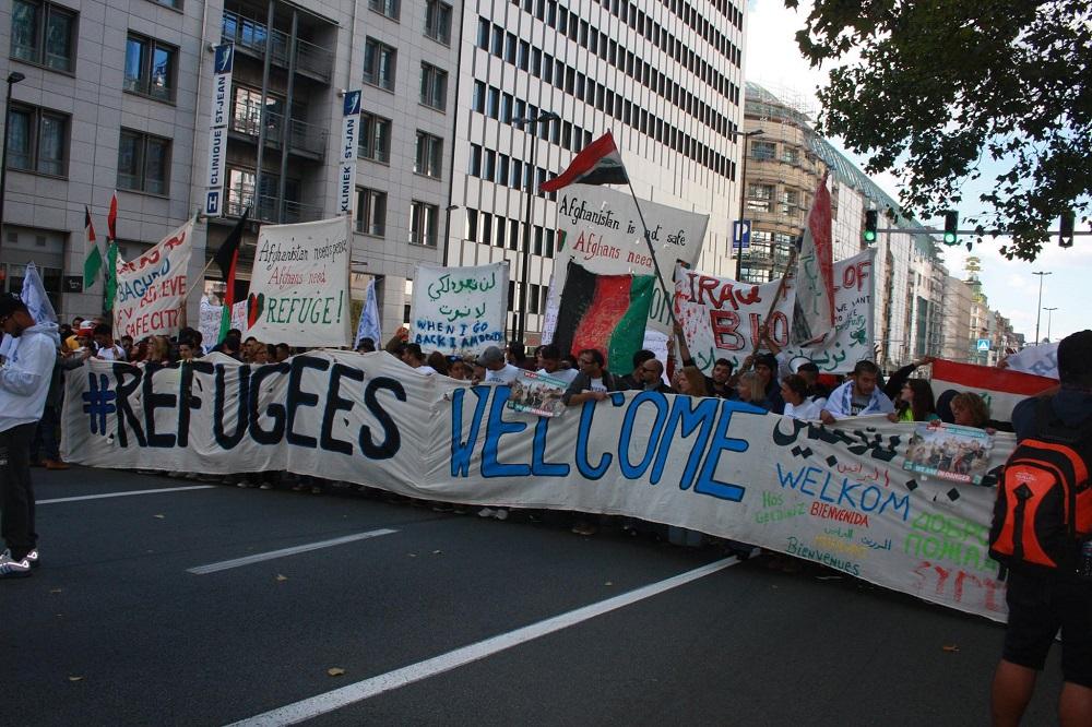 'Refugees welcome': meer dan 20.000 betogers tonen andere onderstroom, die van de solidariteit