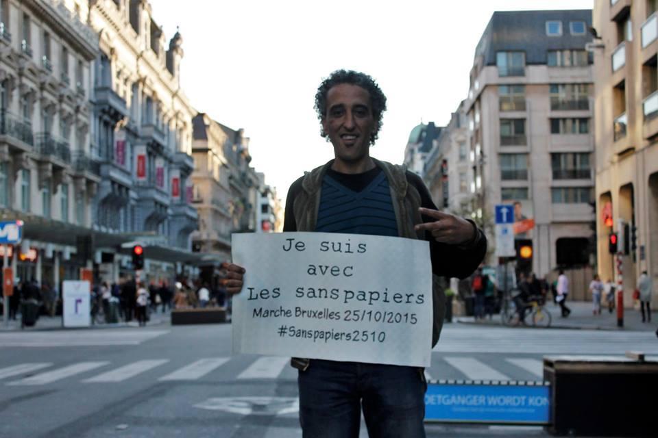 """""""Vluchtelingen van vandaag zijn sans-papiers van morgen""""."""