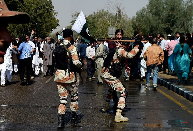 Repressie tegen staking Pakistaans luchtvaartpersoneel: 4 doden