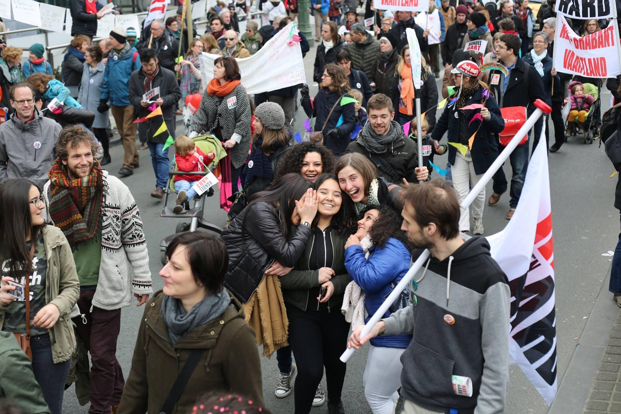 Grote Parade bevestigt breed gedragen ongenoegen en roep naar iets anders