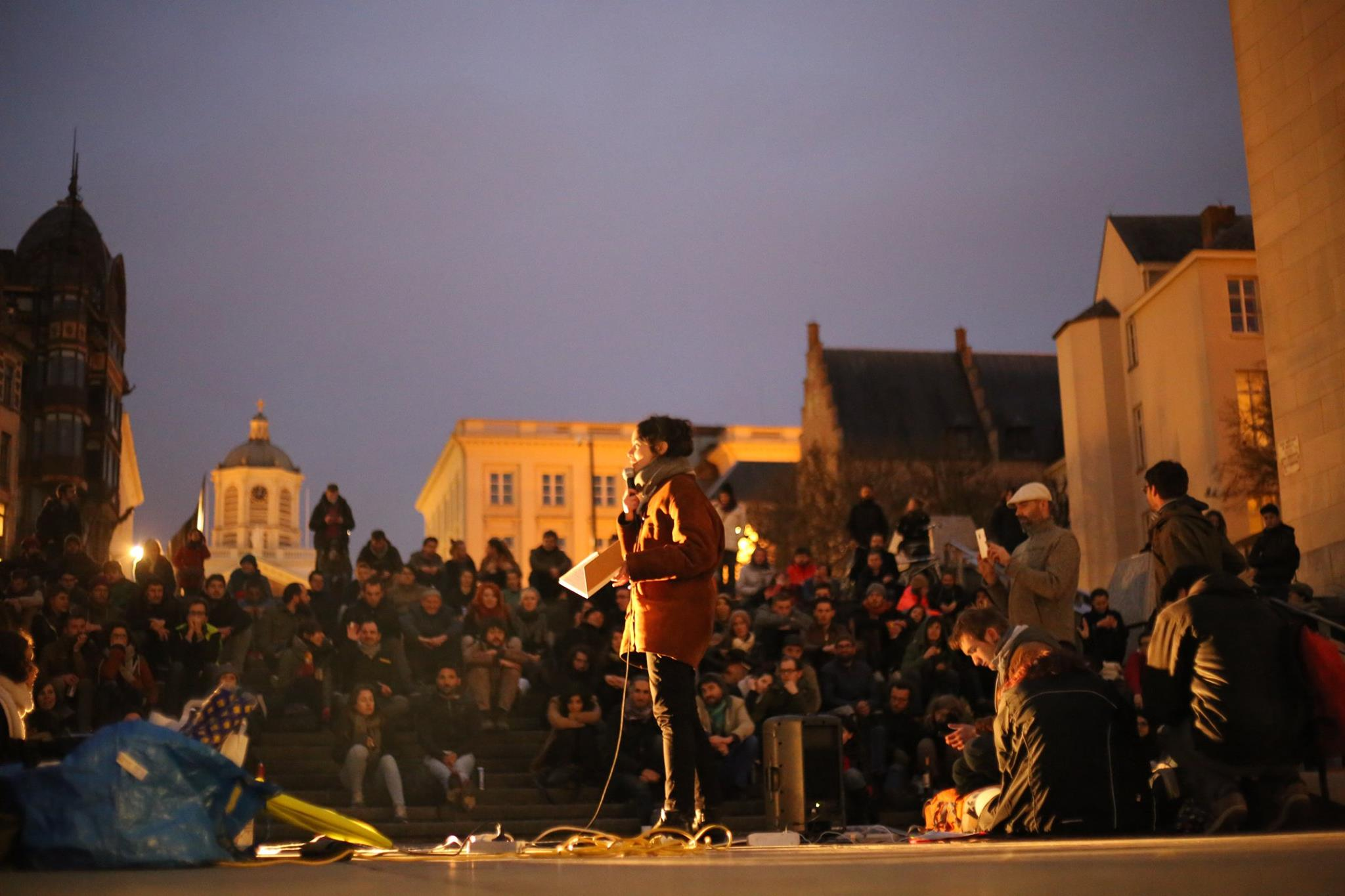 Nuit Debout vanuit Frankrijk naar Brussel overgewaaid. Moesten we ons nu eens organiseren?