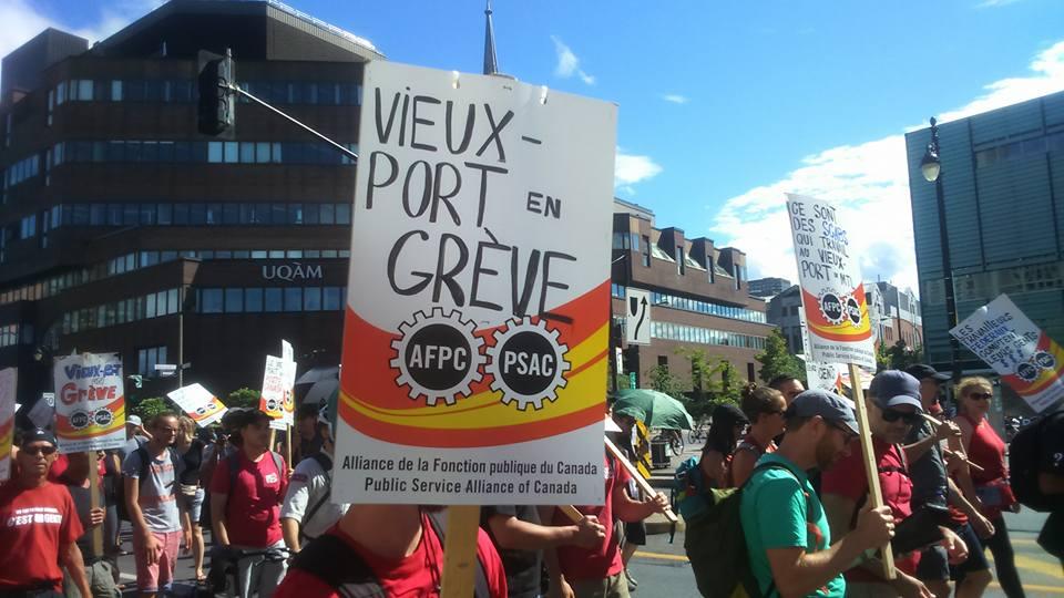 Personeel oude haven in Montréal (Québec) staakt al drie maanden voor 15 dollar per uur