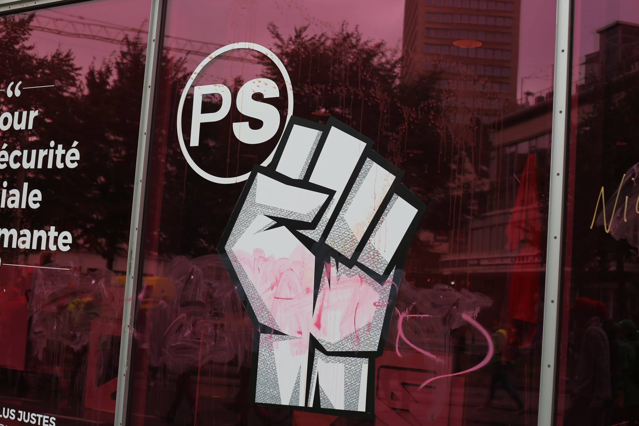 De PS lijkt doodstrijd van Europese sociaaldemocratie dan toch te vervoegen
