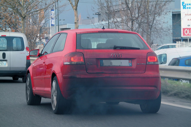 Lage emissiezone in Antwerpen: asociale maatregel die getuigt van willekeur