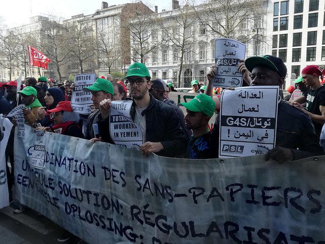 Arbeiders zonder papieren eisen einde aan uitbuiting door regularisatie
