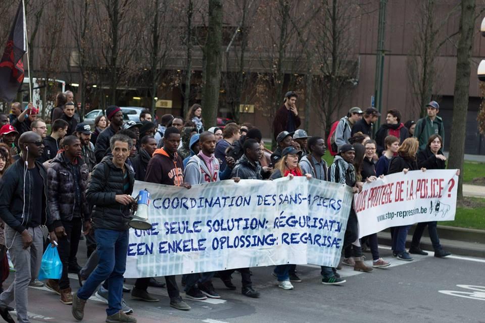 [Foto's] Betoging tegen politierepressie