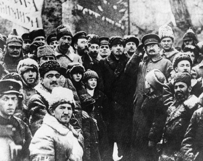 [Debat] Lenin en Trotski tegen de bureaucratie. Russische Revolutie en de overgangsmaatschappij