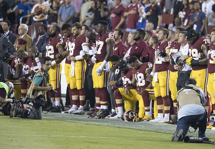 Trump provoceert escalatie van sportief protest tegen racisme