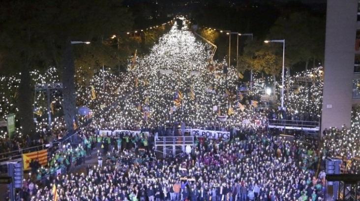 Catalonië: meer dan een miljoen betogers voor vrijlating politieke gevangenen
