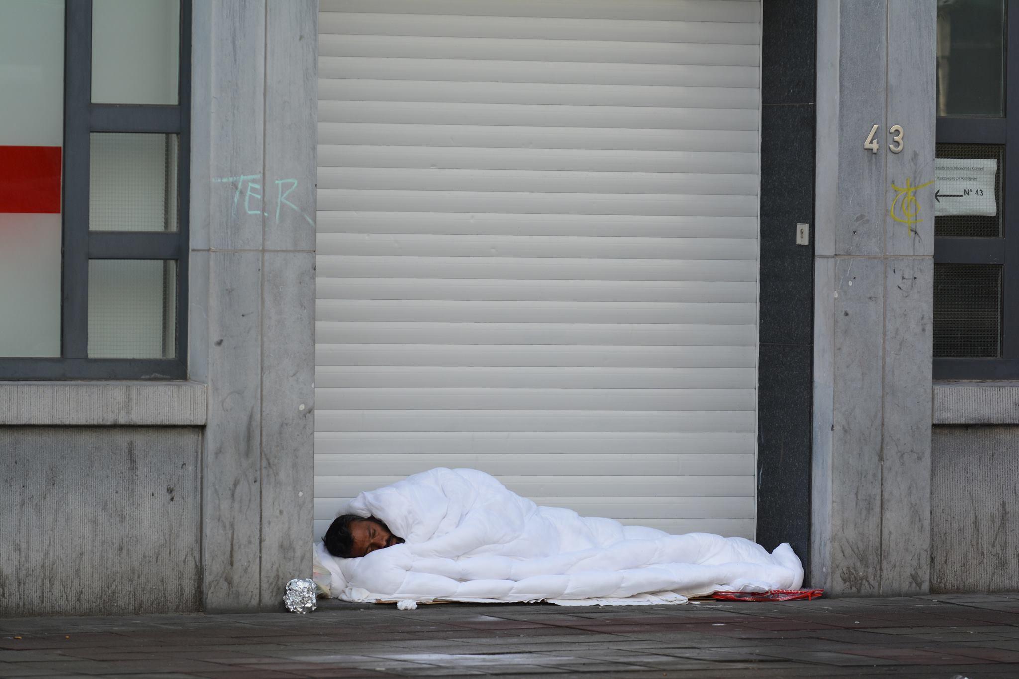 """Armoede is geen individuele keuze, maar resultaat van asociaal beleid"""