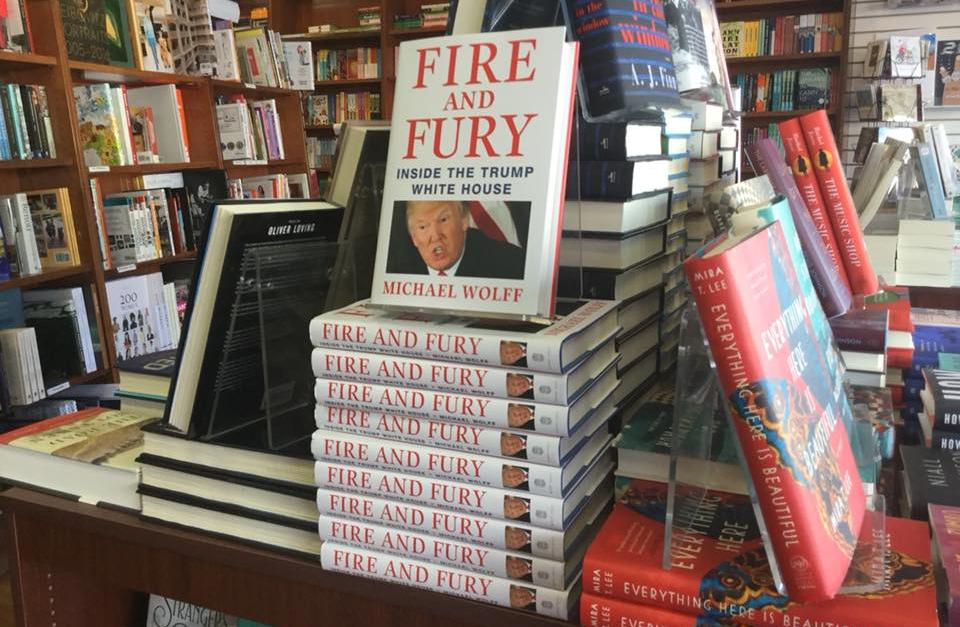 """Fire and Fury"" – Kan het liberale establishment Trump stoppen?"