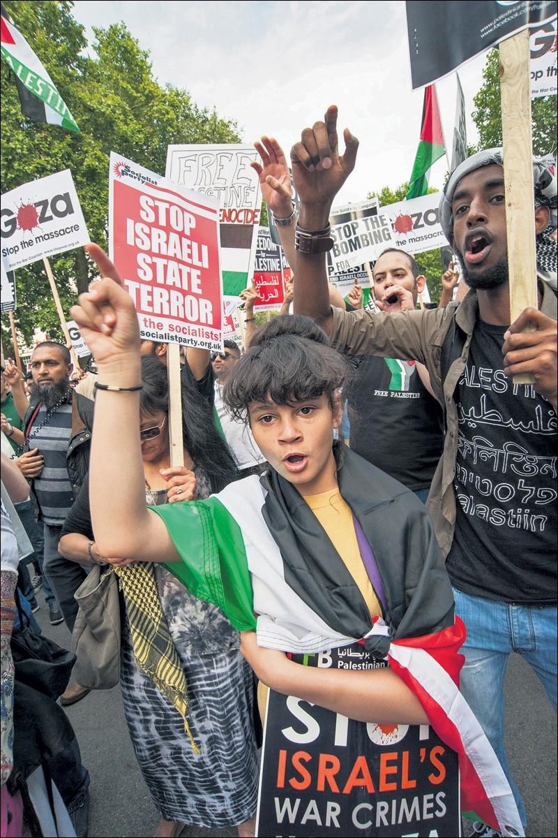 """Interview met activist in Gaza. """"Hoe meer ze moorden, hoe meer de woede toeneemt"""""""