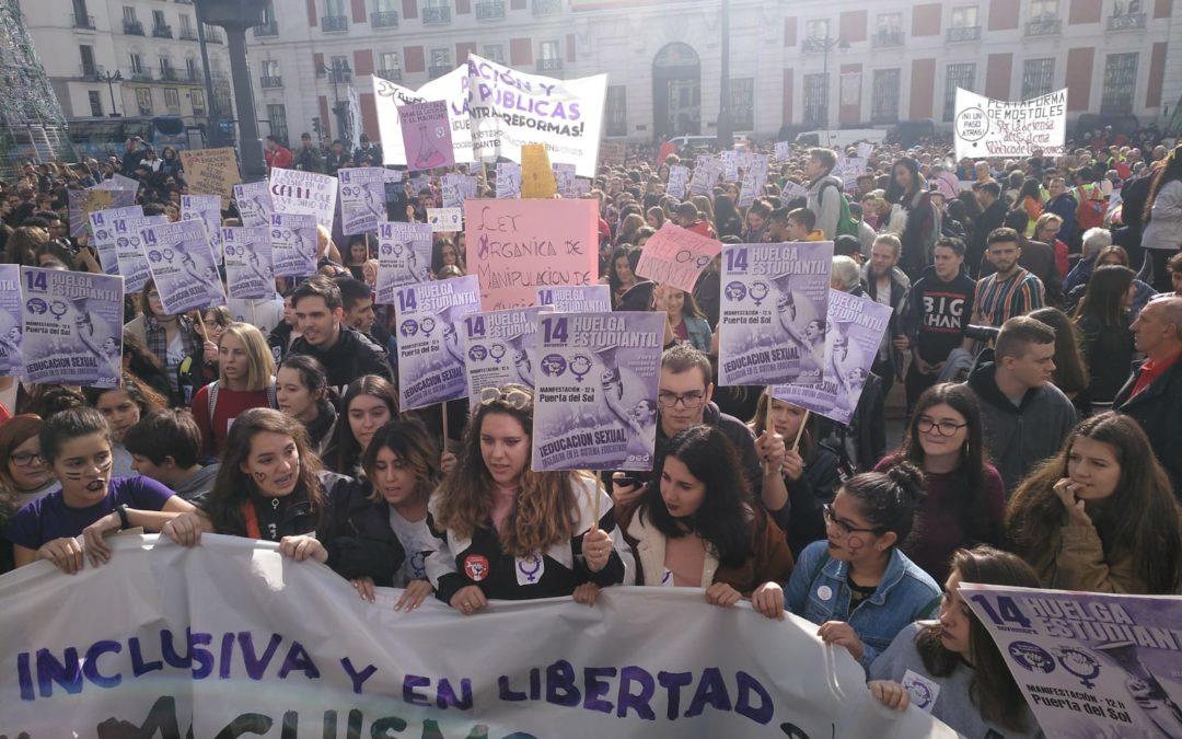 Spanje: sterke jongerenacties tegen seksisme en voor inclusieve seksuele voorlichting