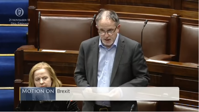 Video. Iers parlementslid Mick Barry tegen de Brexit-deal
