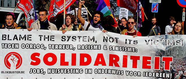 Extreemrechts en rechts populisme gedijen onder aftakelend kapitalisme.Enkel de arbeidersbeweging kan hen stoppen!