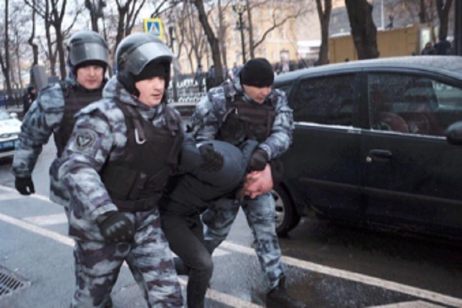 Solidariteitsoproep: CWI-lid en drie andere antifascisten opgepakt en met vervolging bedreigd