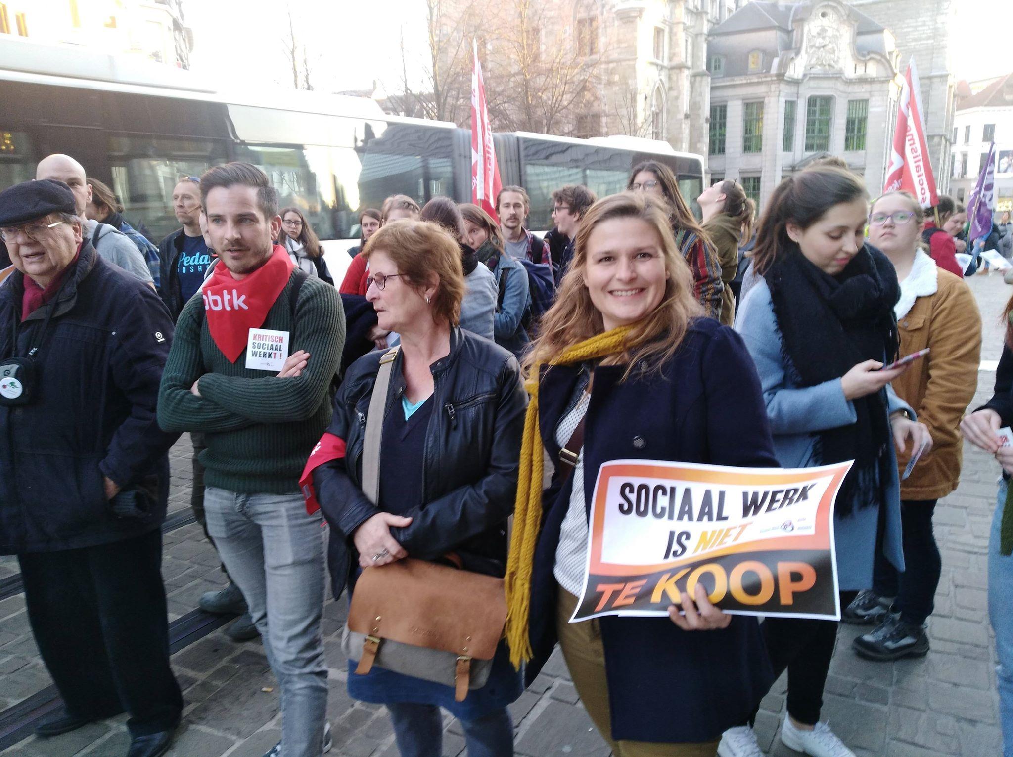 Sociaal werk is niet te koop!