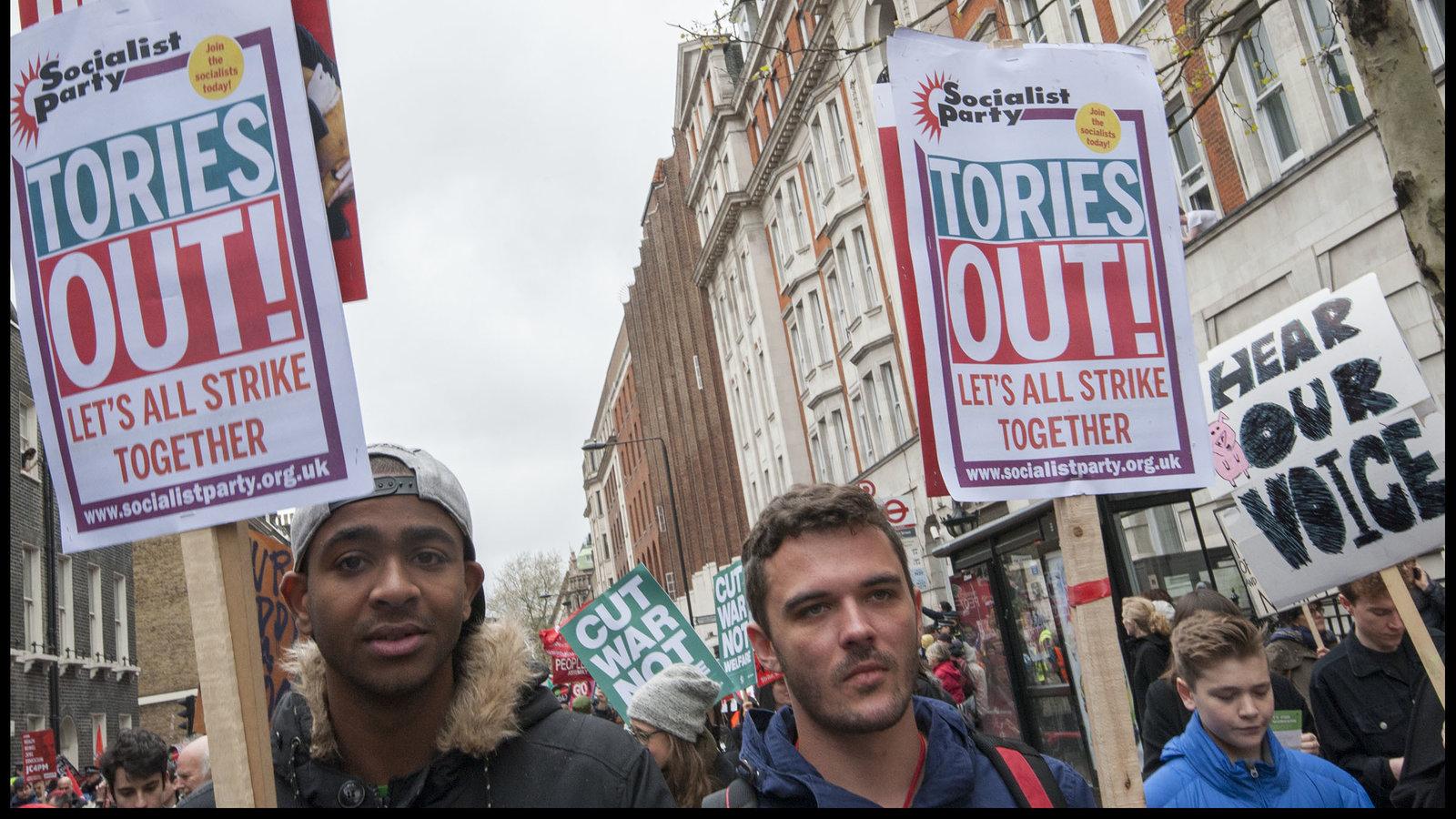 Brexit geblokkeerd, Tories in crisis. Arbeidersbeweging moet nu handelen!