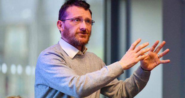 Noord-Ierland: anti-sectaire socialist verkozen in gemeenteraad