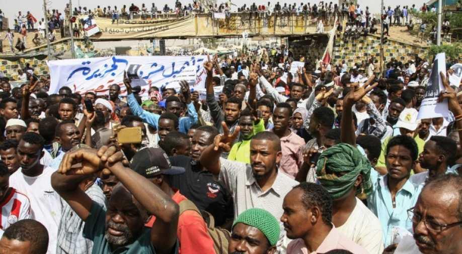Algerije en Soedan: revolutie doorzetten met algemene stakingen