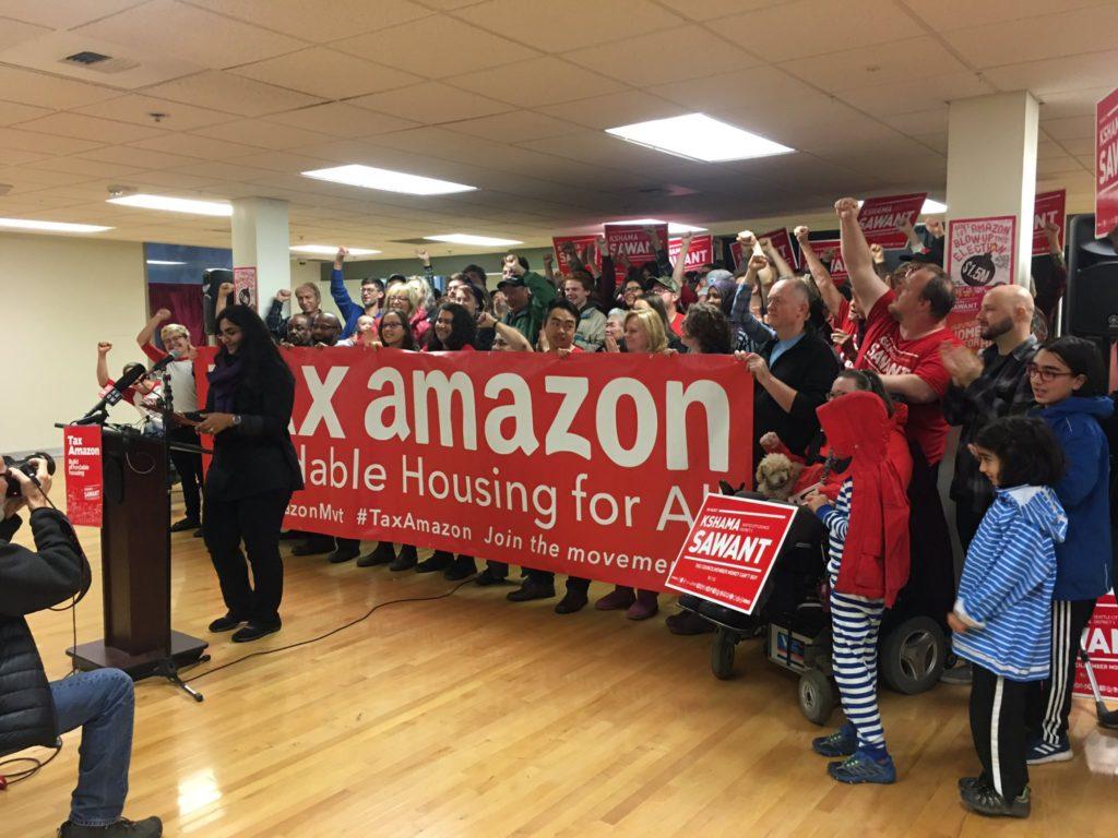 Kshama Sawant herkozen ondanks miljoenen van Amazon en big business tegen haar